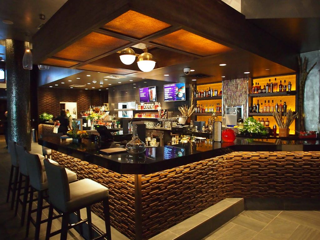 iPic Intracoastal Main Bar